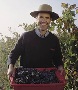 WineGrower005 (1)sm.jpg